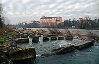 Il fiume Adda e il Castello di Cassano d'Adda (Milano) --- The river Adda and the Castle of Cassano d'Adda (Milan)