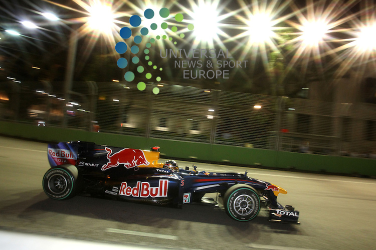 F1 GP of Singapore, Singapore  24.- 26. Sept. 2010.Sebastian Vettel (GER), Red Bull Racing ...Hasan Bratic;Koblenzerstr.3;56412 Nentershausen;Tel.:0172-2733357;.hb-press-agency@t-online.de;http://www.uptodate-bildagentur.de;.Veroeffentlichung gem. AGB - Stand 09.2006; Foto ist Honorarpflichtig zzgl. 7% Ust.;Hasan Bratic,Koblenzerstr.3,Postfach 1117,56412 Nentershausen; Steuer-Nr.: 30 807 6032 6;Finanzamt Montabaur;  Nassauische Sparkasse Nentershausen; Konto 828017896, BLZ 510 500 15;SWIFT-BIC: NASS DE 55;IBAN: DE69 5105 0015 0828 0178 96; Belegexemplar erforderlich!..