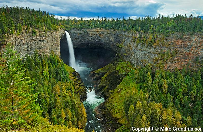 Myrtle River at Helmcken Falls<br /> Wells Gray Provincial Park<br /> British Columbia<br /> Canada