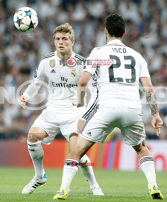 Real Madrid's Toni Kroos (l) and Isco during Champions League 2014/2015 Semi-finals 2nd leg match.May 13,2015. (ALTERPHOTOS/Acero) /NortePhoto.COM
