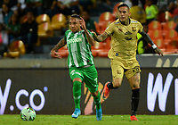 MEDELLÍN-COLOMBIA, 13-10-2019: Jarlan Barrera de Atlético Nacional y Gilberto García de Rionegro Águilas Doradas disputan el balón, durante partido de la fecha 17 entre Atlético Nacional y Rionegro Águilas Doradas, por la Liga Águila II 20117, jugado en el estadio Atanasio Girardot de la ciudad de Medellín. / Jarlan Barrera of Atletico Nacional and Gilberto Garcia of Rionegro Águilas Doradas figth for the ball, during a match of the 17th date between Atletico Nacional and Rionegro Aguilas Doradas, for the Aguila Leguaje II 20117 played at the Atanasio Girardot Stadium in Medellin city. / Photo: VizzorImage / León Monsalve / Cont.