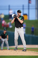 Dayton Dragons relief pitcher Conor Krauss (29) gets ready to deliver a pitch during a game against the Peoria Chiefs on May 6, 2016 at Dozer Park in Peoria, Illinois.  Peoria defeated Dayton 5-0.  (Mike Janes/Four Seam Images)