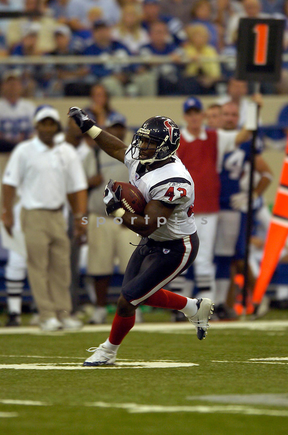 JAMEEL COOK,  of the Houston Texans, in action against the Indianapolis Colts, on September 17, 2006 in Indianapolis...Colts win 43-24..David Durochik / SportPics
