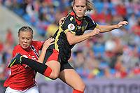 Norway : UEFA Women's Euro Qualifying group stage (Group 3) - 15/09/2012  - Oslo - Ullevaal Stadion : Norway  (Noorwegen) - BELGIUM ( Belgie) : Janice Cayman in duel met Toril Akerhaugen.foto DAVID CATRY / Vrouwenteam.be