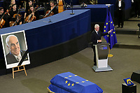 Bill Clinton; <br /> <br /> STRASBOURG, FRANCE - JULY 01: The coffin holding the remains of former German Chancellor Helmut Kohl draped by the European flag is carried to the memorial ceremony at the European Parliament on July 1, 2017 in Strasbourg, France. Kohl was chancellor of Germany for 16 years and led the country from the Cold War through to reunification. He died on June 16 at the age of 87<br /> Foto Elyxandro Cegarra / Panoramic / Insidefoto <br /> ITALY ONLY