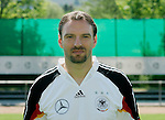 Fussball INTERNATIONAL EURO 2004 Nationalmannschaft ; DFB ; Deutschland, FOTOTERMIN    Jens Nowotny