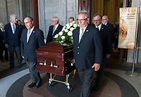 Pallbearers remove the coffin of Paul Gerin-Lajoie following his funeral at Mary Queen of the World Cathedral in Montreal, Thursday, August 9, 2018.THE CANADIAN PRESS/Graham Hughes