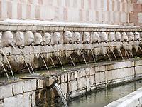 L'Aquila, 99 cannelle, uno dei simboli della cultura italiana sotto la neve. Photo by Adamo Di Loreto/BuenaVista*photo