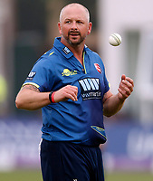 Darren Stevens prepares to bowl for Kent during the Royal London One Day Cup game between Kent and Somerset at the St Lawrence Ground, Canterbury, on May 29, 2018