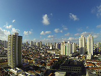 SAO PAULO, SP, 28/10/2013, CLIMA TEMPO. Céu parcialmente nublado nessa segunda feira (28) em São Paulo, foto feita na região da Mooca. LUIZ GUARNIERI/ BRAZIL PHOTO PRESS.