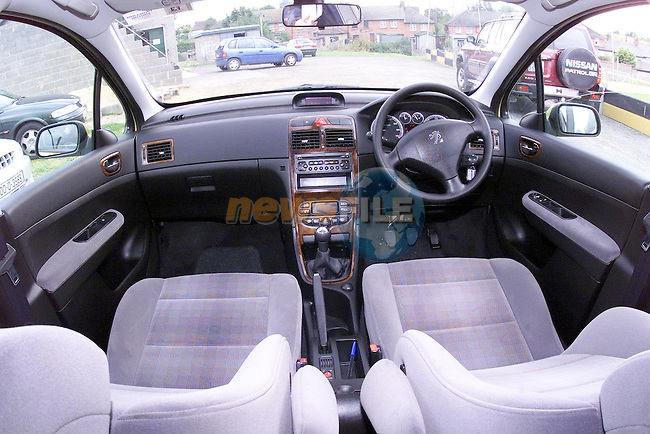 the interior of the new peugeot 307..Picture Fran Caffrey Newsfile.