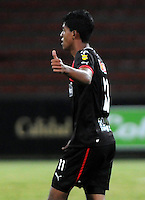 MEDELLIN - COLOMBIA-20-10-2013: Yulian Mejia jugador del Deportivo Independiente Medellin celebra el gol anotado durante partido en el estadio Atanasio Girardot de la ciudad de Medellin, octubre 20 de 2013. Deportivo Independiente Medellin y Deportes Quindio jugaron partido por la decimoquinta fecha de la de la Liga Postobon II. (Foto: VizzorImage / Luis Rios / Str).  Yulian Mejia player of Deportivo Independiente Medellin celebrates a goal scored during a match at the Atanasio Girardot Stadium in Medellin city, October 20, 2013. Deportivo Independiente Medellin and Deportes Quindio in a match for the fifteenth round of the Postobon II League. (Photo: VizzorImage / Luis Rios / Str).