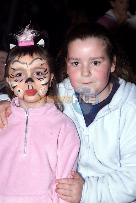 Janine Lynch and Sinead Thornton from Moneymore at Tom Duffy's circus..Picture Paul Mohan Newsfile