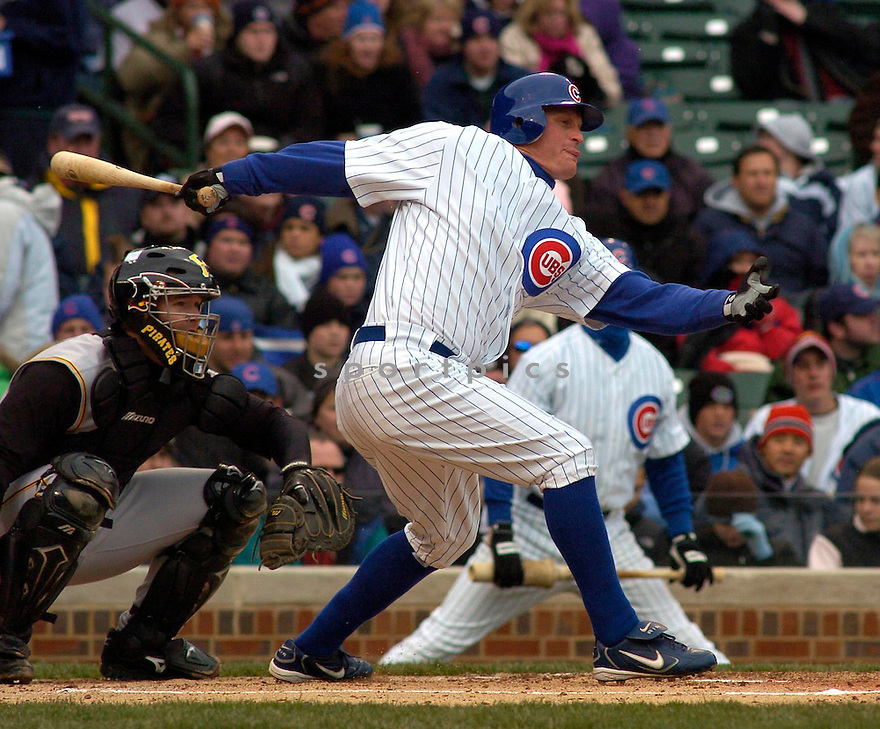 Jeromy Burnitz during the Chicago Cubs v. Pittsburgh Pirates game on April 23, 2005.....Cubs lost 3-4.....Chris Bernacchi  / SportPics........