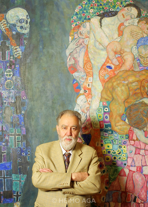 """Museumsquartier, Leopold Museum. Museum Director Prof. Rudolf Leopold with painting """"Tod und Leben (Death and Life)"""", 1911/15 by Gustav Klimt. The painting was one of Klimt's favourites, unsigned and always near to him. It is now valued at US$ 40 Million - but of course, it isn't for sale. Prof. Leopold has the largest private collection of paintings of Stile Liberty (Jugendstil) and Secessionismo, which he brought into a foundation in 1994 with support of the Republic and the National Bank of Austria."""