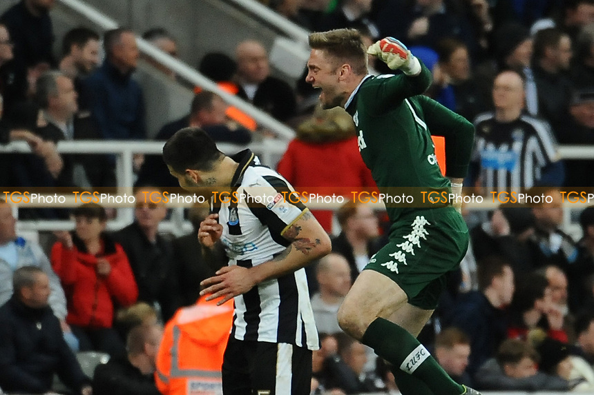 Robert Green of Leeds United runs to the half way line to celebrate in Aleksandar Mitrovic of Newcastle United's face during Newcastle United vs Leeds United, Sky Bet EFL Championship Football at St. James' Park on 14th April 2017