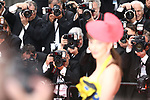 Cannes Film Festival 2018 - 71st edition - Day 3 - May 10 in Cannes, on May 10, 2018; Screening of PLAIRE, AIMER et COURIR VITE; French actress Frederique Bel and photographers © Pierre Teyssot / Maxppp