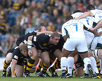 EDF Energy Cup, Wasps. Phil VICkERY,  packing down during the London Wasps vs London Irish, match at  Adams Park, 08/10/2006. [Photo, Peter Spurrier/Intersport-images]....