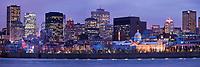 Amérique/Amérique du Nord/Canada/Québec/Montréal: Skyline de la Ville de Montréal, avec le Vieux Montréal sur le Vieux Port et les Gratte-ciel de la ville moderne vus depuis les rives du Saint-Laurent dans le Parc Jean-Drapeau sur l'île Sainte-Hélène