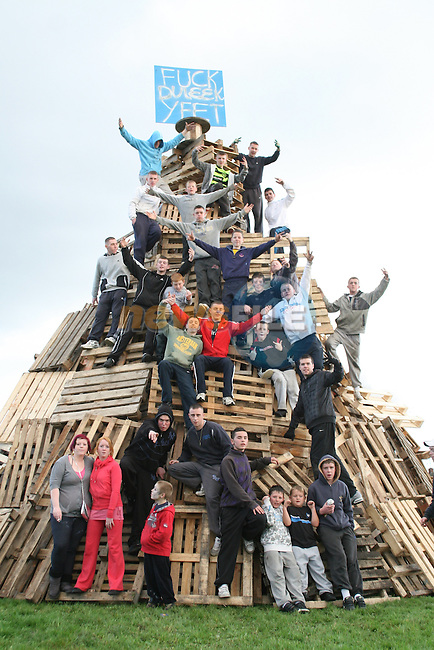 Rathmullen Bonfire in Ballsgrove..Photo NEWSFILE/Jenny Matthews.(Photo credit should read Jenny Matthews/NEWSFILE)....This Picture has been sent you under the condtions enclosed by:.Newsfile Ltd..The Studio,.Millmount Abbey,.Drogheda,.Co Meath..Ireland..Tel: +353(0)41-9871240.Fax: +353(0)41-9871260.GSM: +353(0)86-2500958.email: pictures@newsfile.ie.www.newsfile.ie.FTP: 193.120.102.198.