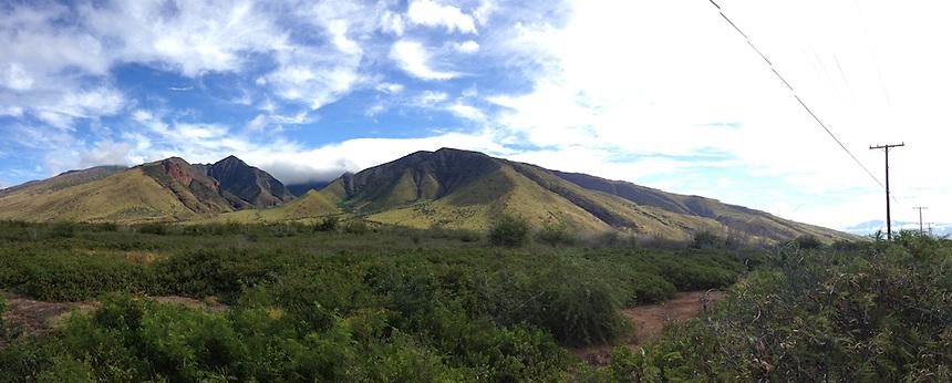 West Maui Mountains and Forest Preserve (Panorama), Maui, Hawaii, US