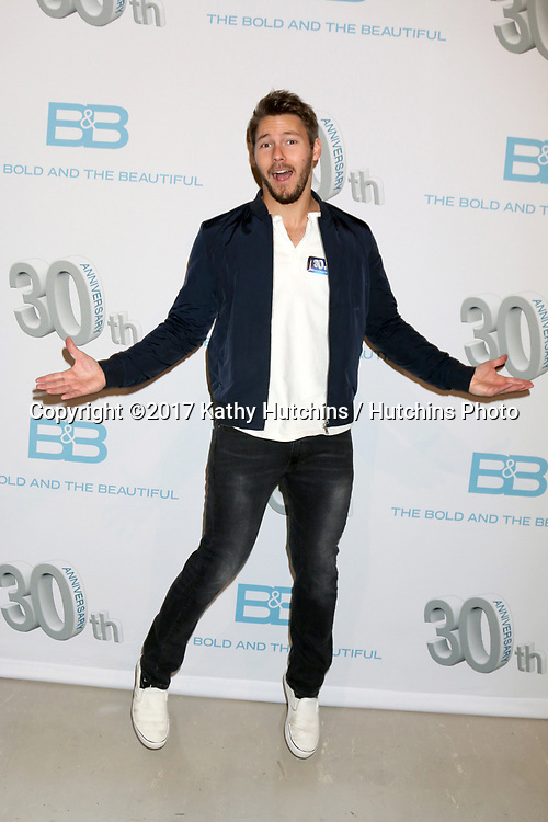LOS ANGELES - MAR 23:  Scott Clifton at the On Set celebration of 30 Years of Bold and Beautiful and their 23 Daytime Emmy nominations at CBS Televsision City on March 23, 2017 in Los Angeles, CA