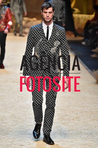 Dolce Gabbana<br /> <br /> Milao Masculino - Inverno 2016<br /> <br /> <br /> foto: FOTOSITE