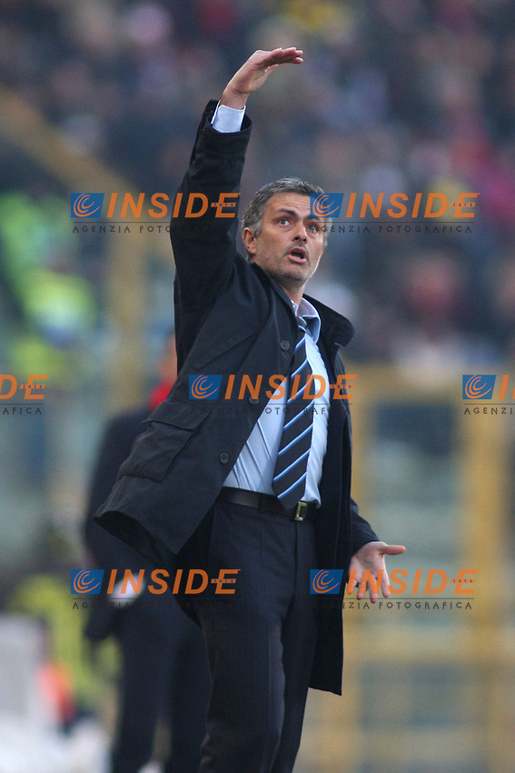 Inter's coach Jose Mourinho during their italian serie A soccer match at Dall'Ara Stadium in Bologna , Italy , February 21 , 2009 - Photo: Prater/Insidefoto ©
