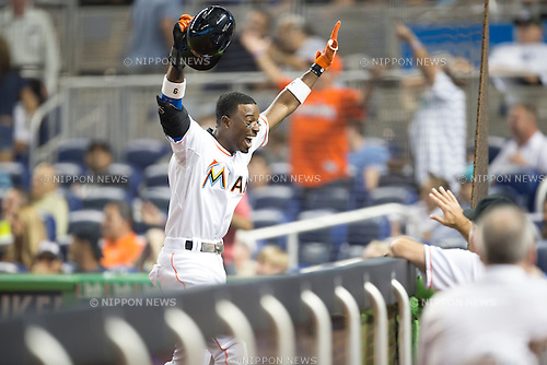 Dee Gordon (Marlins), JUNE 16, 2015 - MLB : Dee Gordon of the Miami Marlins celebrates during the Major League Baseball game against the New York Yankees at Marlins Park in Miami, Florida, United States. (Photo by Thomas Anderson/AFLO) (JAPANESE NEWSPAPER OUT)