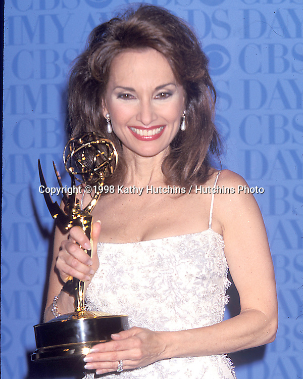 Susan Lucci.26th Annual Daytime Emmy Awards.May 21 1999.New York, NY.©2006 Kathy Hutchins / Hutchins Photo....