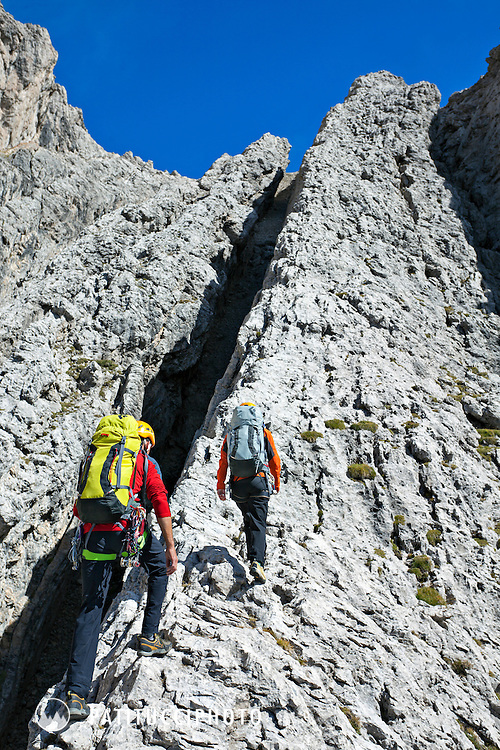 Two climbers on the Bügeleisen Kante, Grade III, in the Lienzer Dolomites