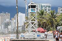 RIO DE JANEIRO, RJ, 15.12.2013 - CLIMA TEMPO / PRAIA / IPANEMA / RJ-  Monitoramento da praia de ipanema,feito pela guarda municipal, na tarde deste domingo (15), com tempo nublado e calor, em ipanema zona sul da cidade do Rio de Janeiro, na  desta . (Foto: Marcelo Fonseca / Brazil Photo Press).