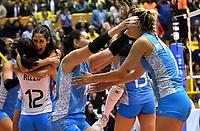 BOGOTÁ-COLOMBIA, 09-01-2020: Jugadoras de Argentina, celebran la clasificación a Los Juegos Olimpicos de Tokio, luego de vencer a Colombia por marcador de tres set a uno, en partido entre Argentina y Colombia en el Preolímpico Suramericano de Voleibol, clasificatorio a los Juegos Olímpicos Tokio 2020, jugado en el Coliseo del Salitre en la ciudad de Bogotá del 7 al 9 de enero de 2020. / Argentina players celebrate the Tokyo Olympic Games qualification, after beating Colombia by scoring three sets to one, in match between Argentina and Colombia, in the South American Volleyball Pre-Olympic Championship, qualifier for the Tokyo 2020 Olympic Games, played in the Colosseum El Salitre in Bogota city, from January 7 to 9, 2020. Photo: VizzorImage / Luis Ramírez / Staff.