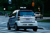 A NYPD's car patrol the streets of central park in New York.  06/05/2015. Eduardo MunozAlvarez/VIEWpress