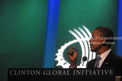 United States President Barack Obama makes remarks at the Clinton Global Initiative gathering Wednesday, September 21, 2011 at the Sheraton New York Hotel and Towers in New York, New York..Credit: Aaron Showalter / Pool via CNP
