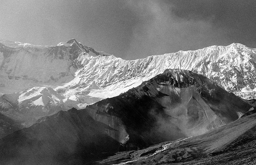 Dust storm and glacial moraine, Annapurna Himal, Nepal, 2008. Photo: Ed Giles.