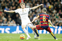Real Madrid's Toni Kroos (l) and FC Barcelona's Andres Iniesta during La Liga match. November 21,2015. (ALTERPHOTOS/Acero) /NortePhoto