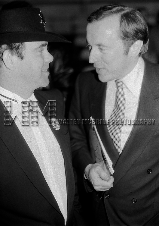 Elton John and David Frost in New York City on 12/01/1981
