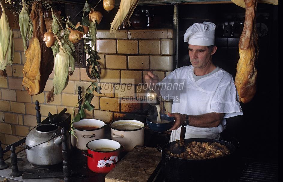 """Europe/Pologne/Varsovie: Cuisinier au restaurant """"Gessler"""""""