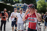 Moreno Hofland (NED/Lotto-Soudal) pre-stage getting ready<br /> <br /> Stage 17: Tirano &rsaquo; Canaze (219km)<br /> 100th Giro d'Italia 2017
