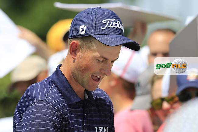 Webb Simpson (USA) signs autographs during Wednesday's Practice Day of the 2016 U.S. Open Championship held at Oakmont Country Club, Oakmont, Pittsburgh, Pennsylvania, United States of America. 15th June 2016.<br /> Picture: Eoin Clarke | Golffile<br /> <br /> <br /> All photos usage must carry mandatory copyright credit (&copy; Golffile | Eoin Clarke)