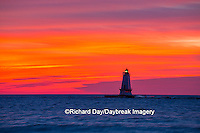 64795-01104 Ludington North Pierhead Lighthouse at sunset on Lake Michigan, Mason County, Ludington, MI