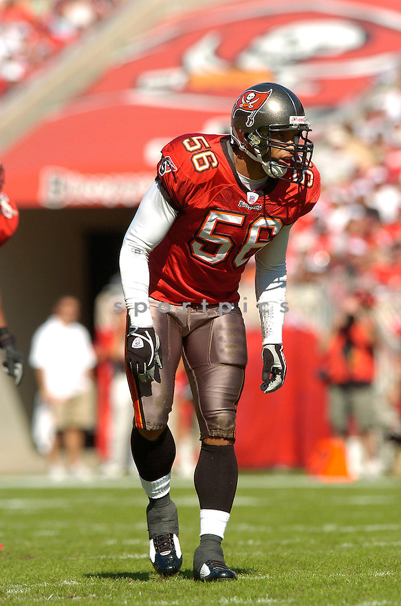RYAN NECE, of the Tampa Bay Buccaneers, in action against  the Wahsington Redskins on DNovmeber 19, 2006 in Tampa Bay, FL...Titans win 20-17..David Durochik/ SportPics