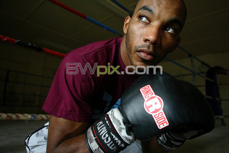 Pix, Shaun Flannery/SWpix. ..COPYRIGHT PICTURE>>SIMON WILKINSON>>01943 - 608782>>..1st September 2006.........Boxer Junior Witter pictured at Brendan Ingle's Sheffield gym.