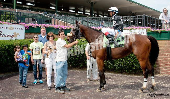 Delawana winning at Delaware Park on 7/9/14