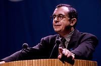 le President du MNQ Serge DEmers prononce un discours au Palais des Congres,<br />  durant le referendum de 1992<br /> (date exacte inconnue)<br /> <br /> PHOTO D'ARCHIVE : Agence Quebec Presse