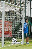 SAO PAULO, SP 15 DE OUTUBRO 2013 - TREINO PALMEIRAS - O jogador Valdívia foi cortado da relação para a próxima partida contra o  time do Bragantino, no próximo sábado, em Bragança Paulista. foto: Paulo Fischer/Brazil Photo Press.