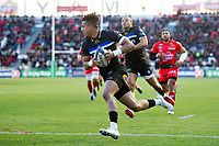 Anthony Watson of Bath Rugby runs in a try in the first half. European Rugby Champions Cup match, between RC Toulon and Bath Rugby on December 9, 2017 at the Stade Mayol in Toulon, France. Photo by: Patrick Khachfe / Onside Images