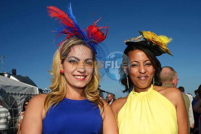 03/09/2013 – Laytown Races – (L-R) Flaviana Boiko and Valdineia Moreira. www.newsfile.ie