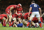 Captain Sam Warburton keeps an eye on France number 8 Louis Picamoles as Wales look to secure the ball.<br /> RBS 6 Nations 2014<br /> Wales v France<br /> Millennium Stadium<br /> 21.02.14<br /> <br /> &copy;Steve Pope-SPORTINGWALES